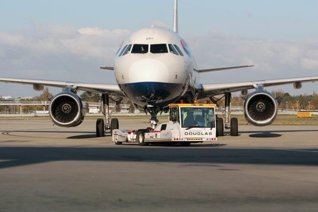 BA flight pushback at Heathrow